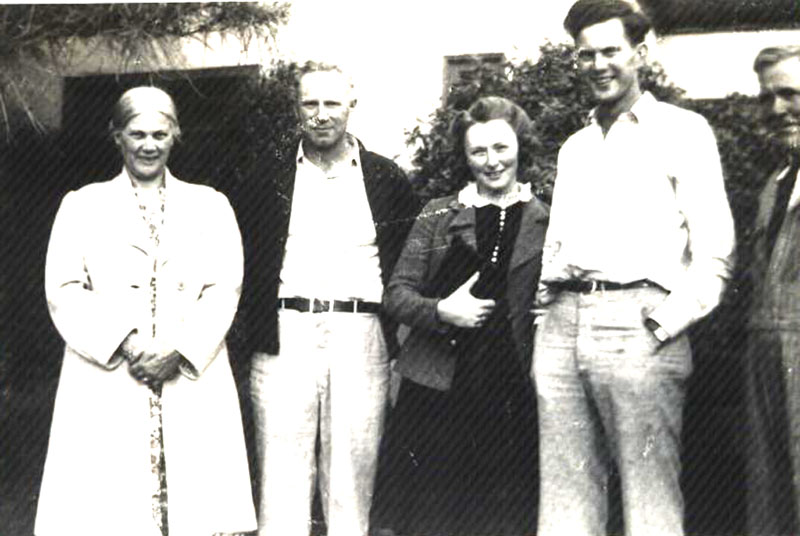 Wallace and Gaston Families about 1942